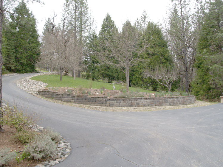 ext - front driveway